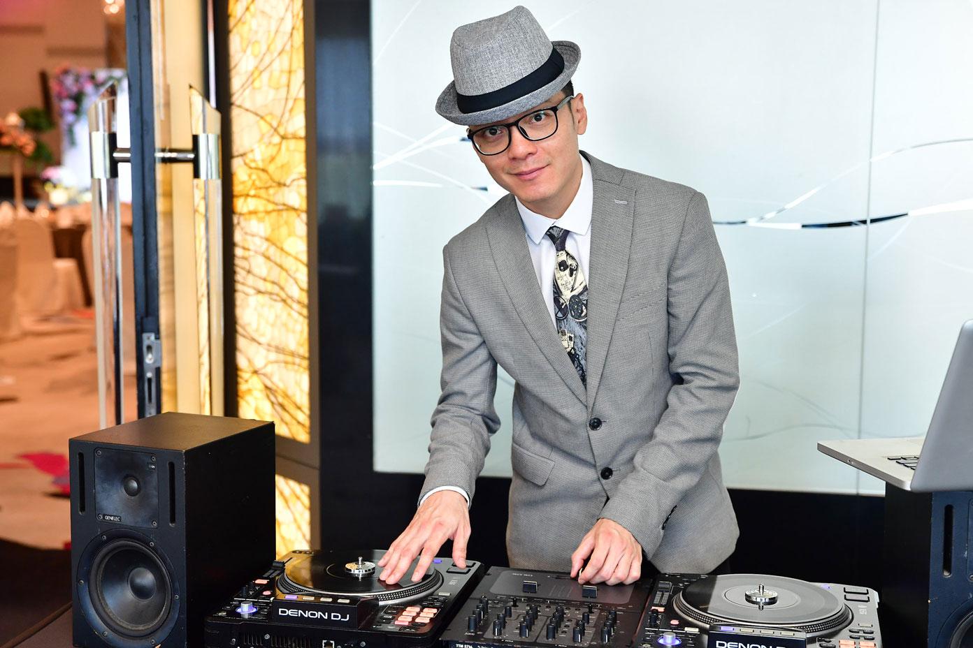 SG Wedding DJ - Professional Wedding DJ (Singapore) | Unique